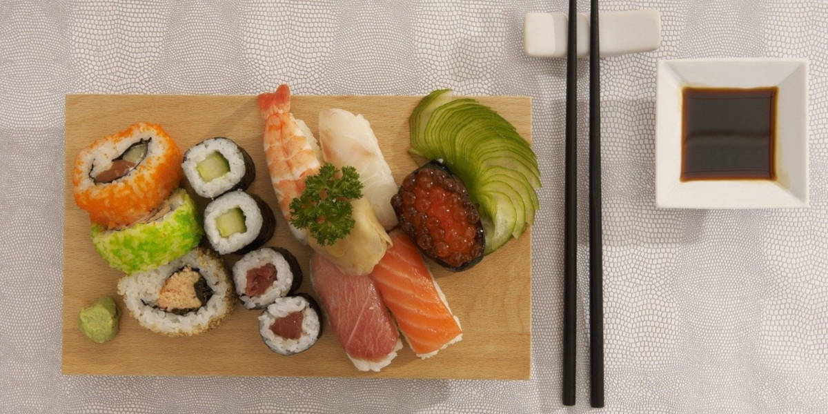 sushi & other seafood provide DHA & EPA omega-3